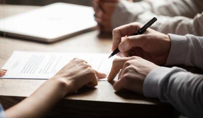 Neuen Mitarbeiter anmelden: Eine To-Do-Liste für Arbeitgeber